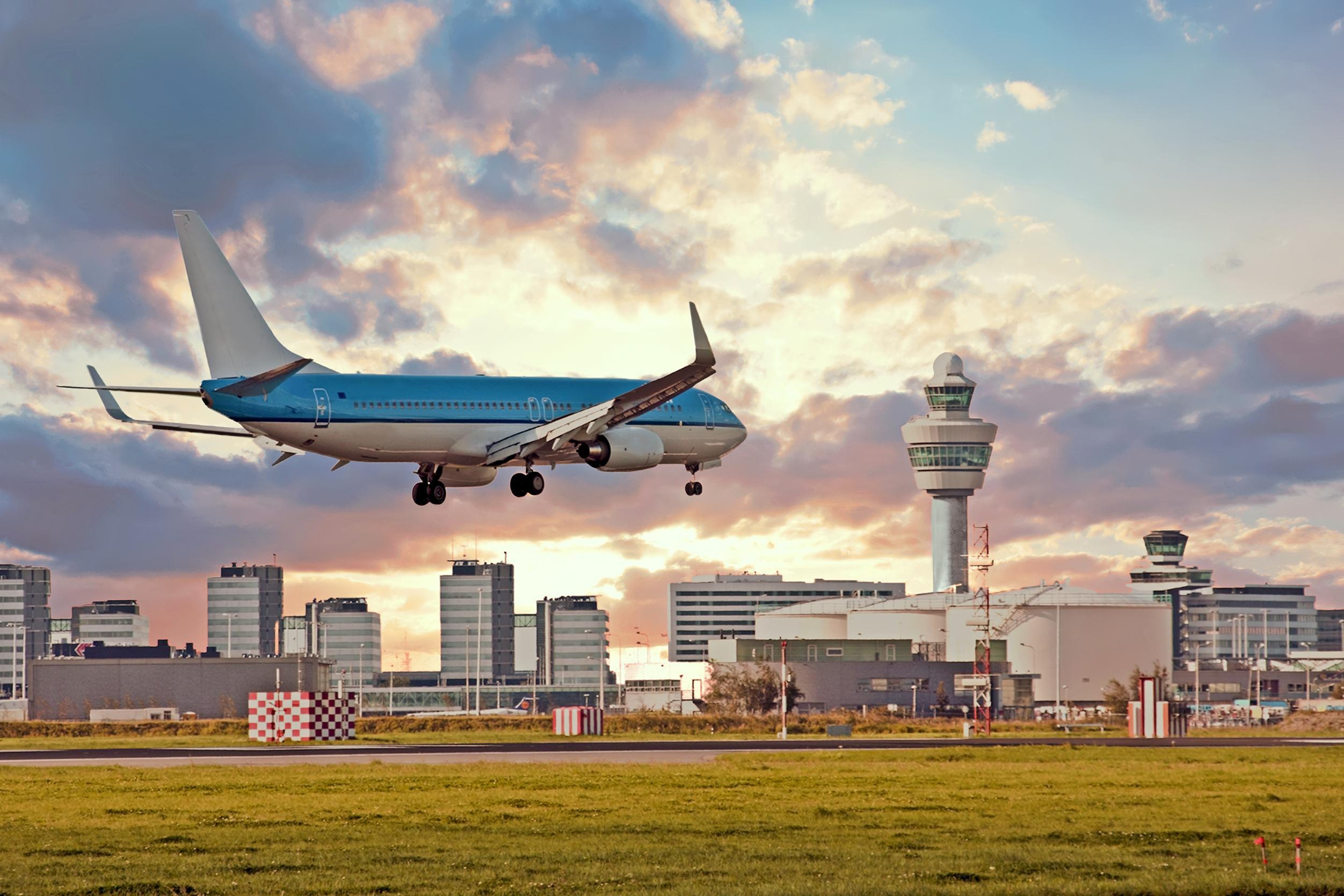 Landend vliegtuig Schiphol